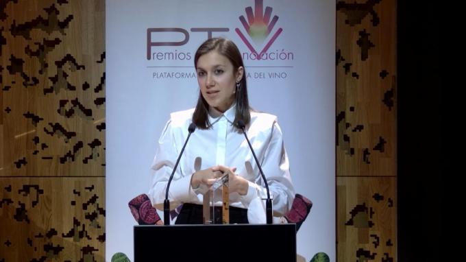 """Unha doutora formada na EVEGA recibe o premio """"joven investigador"""" da plataforma tecnolóxica do viño"""
