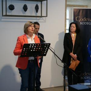 Conselleira de Medio Rural e Mar na presentación do viño Godeval Revival